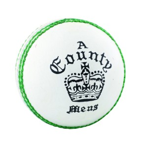 A024 Readers Count Crown White Cricket Ball